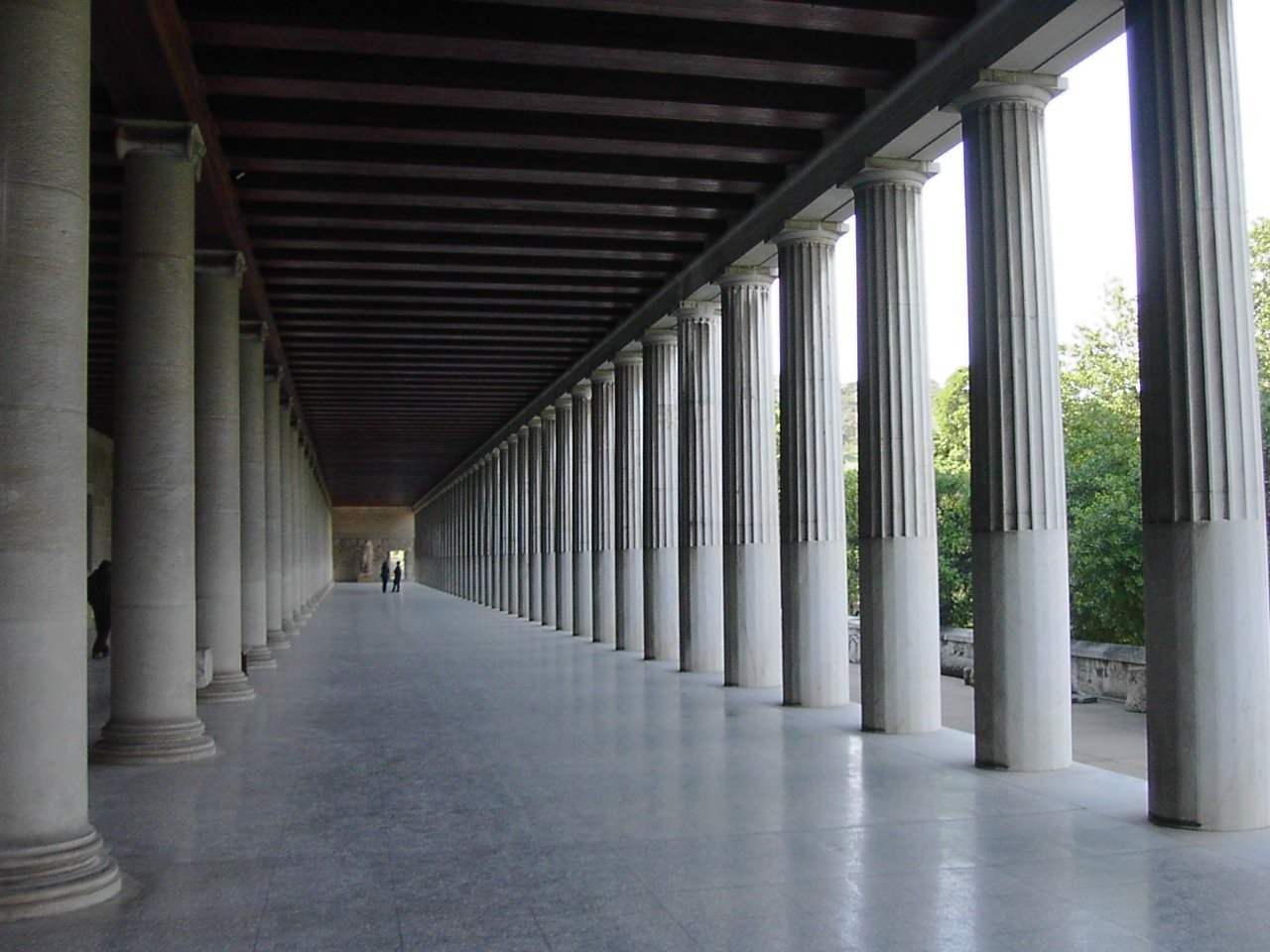 stoa_in_athens